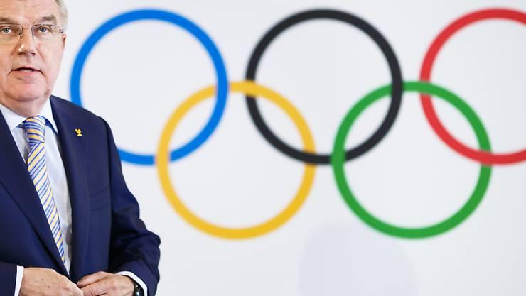 Das IOC (links im Bild Präsident Thomas Bach) wird vorderhand keine Bewerbung aus Italien für Winterspiele erhalten