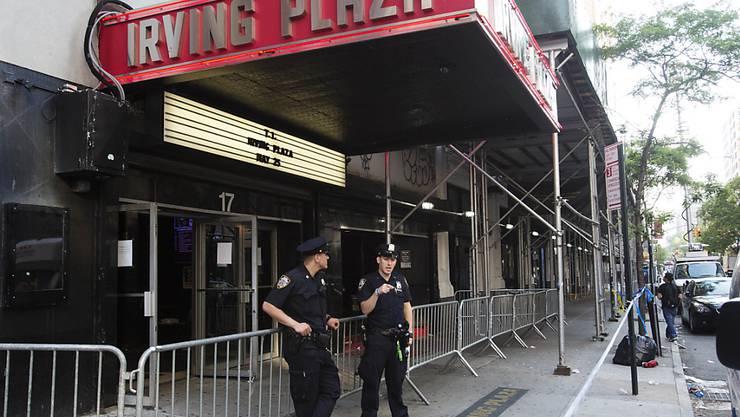 In diesem Konzertlokal in New York fielen vor einem Rap-Konzert tödliche Schüsse. Nun wurde ein Verdächtiger, ebenfalls ein Rap-Musiker, von der Polizei festgenommen. (Archivbild)