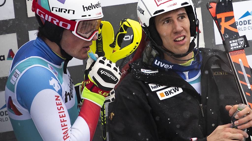 Gebanntes Warten bei den Schweizer Slalom-Cracks Daniel Yule (links) und Ramon Zenhäusern im Januar 2019 in Adelboden
