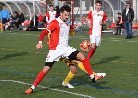 Alban Selmanajs Knöchel ist seit dem Biel-Match arg geschwollen.