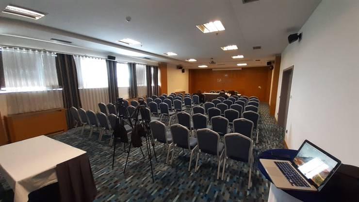 Mediensaal im Hotel Emerald in Pristina.