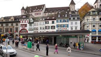 Der BVB-Pavillon mit Kiosk und WC liegt der Mehrheit der Parlamentarier am Herzen – obwohl er viel Raum mitten auf dem Barfüsserplatz beansprucht.