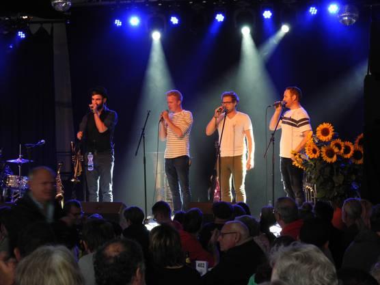 Die Band Fäaschtbänkler am Stadtfest Dietikon