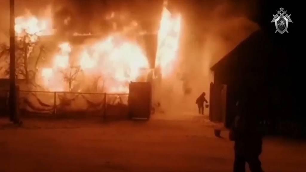 11 Tote bei Brand in Alterswohnheim