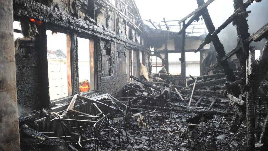 Grossbrand in einer Halle in Schattdorf
