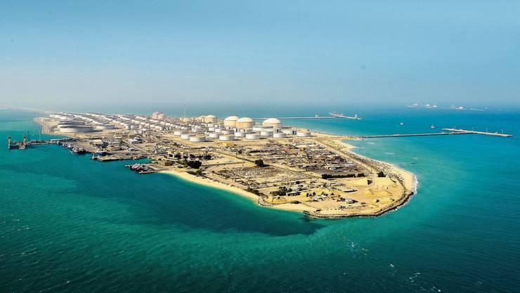 Die Ras-Tanura-Raffinerie von Aramco in Saudi-Arabien.