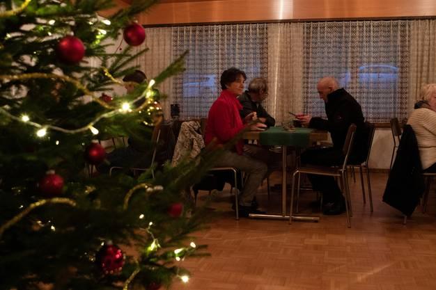 Impressionen des zweiten Weihnachtsmarkts in Ifenthal