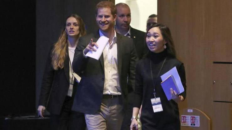 Prinz Harry mags unkompliziert und bestand bei einer Veranstaltung zu nachhaltigem Tourismus in Edinburgh darauf, nur mit dem Vornamen angesprochen zu werden.