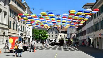 Gewerbe Olten, Stadt Olten und a.en/sbo sorgen mit einer gemeinsamen Aktion für eine Attraktivierung der Kirchgasse zugunsten der Dienstleistungsbetriebe und der Bevölkerung.