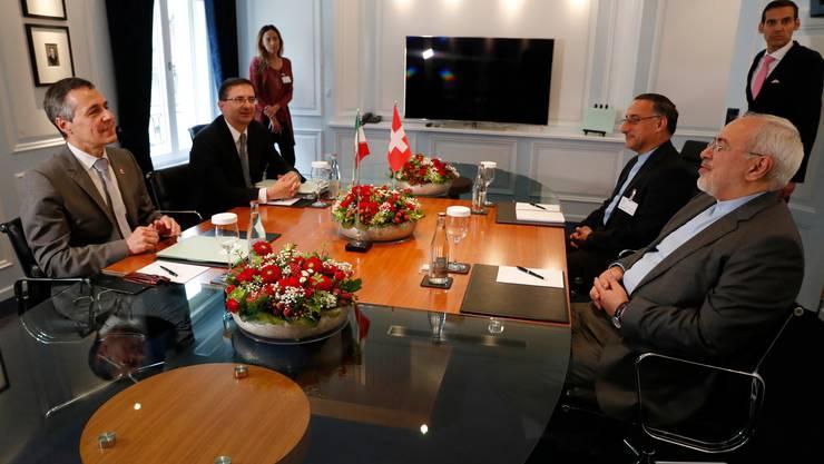 2018 war der iranische Aussenminister Zarif zu Gast in Bern. Nun besucht sein Schweizer Amtskollege Cassis die iranische Hauptstadt Teheran.