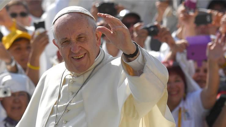 Winkt bald in der Schweiz: Papst Franziskus kommt im Juni nach Genf.