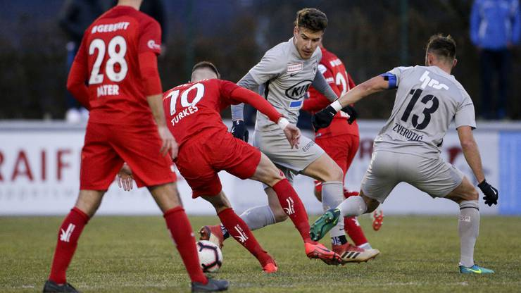 Leo spielte bereits gegen Turkes in der vergangenen Saison, damals spielte der Stürmer allerdings noch für Rapperswil.