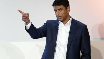 Novartis-Chef Vas Narasimhan kann mehr Umsatz und Gewinn des Pharmakonzerns im vergangenen Jahr verkünden. (Archiv)