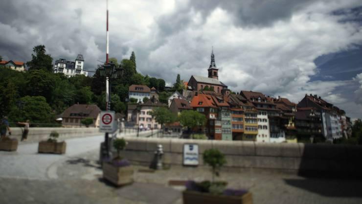 Wirte auf Schweizer Seite von Laufenburg ärgern sich über Lunch-Check-Regelung.