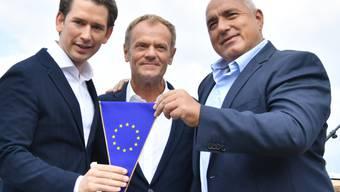Österreichs Bundeskanzler Sebastian Kurz (ÖVP), EU-Ratspräsident Donald Tusk, und der bulgarische Premierminister Bojko Borissow (von links) beim Auftakt des österreichischen EU-Ratsvorsitzes in Schladming.