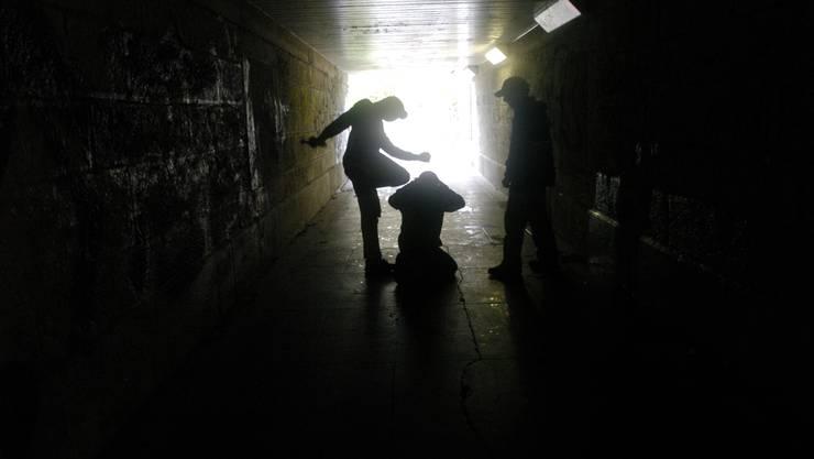 Jugendgewalt: Regierungsrat Urs Hofmann will schnell einen Massnahmenplan präsentieren. (BLZ)