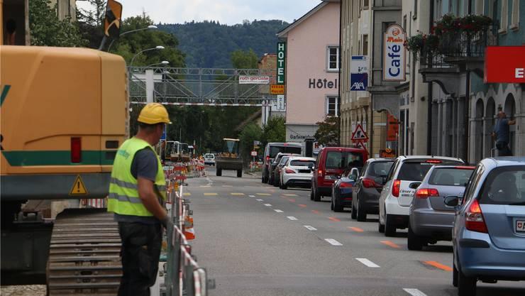 Bei der Fahrt durch Laufenburg müssen die Verkehrsteilnehmer derzeit Geduld beweisen.