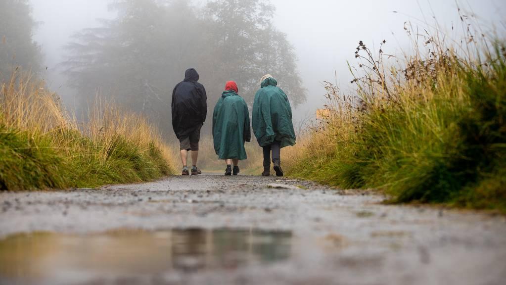 Der Bund warnt vor Stürmen und Dauerregen. (Symbolbild)