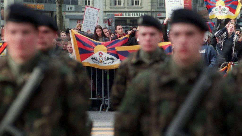 Beim letzten Staatsbesuch eines chinesischen Präsidenten brachte eine Pro-Tibet-Kundgebung den Gast in Rage. Das soll nun nicht mehr passieren. (Archiv)
