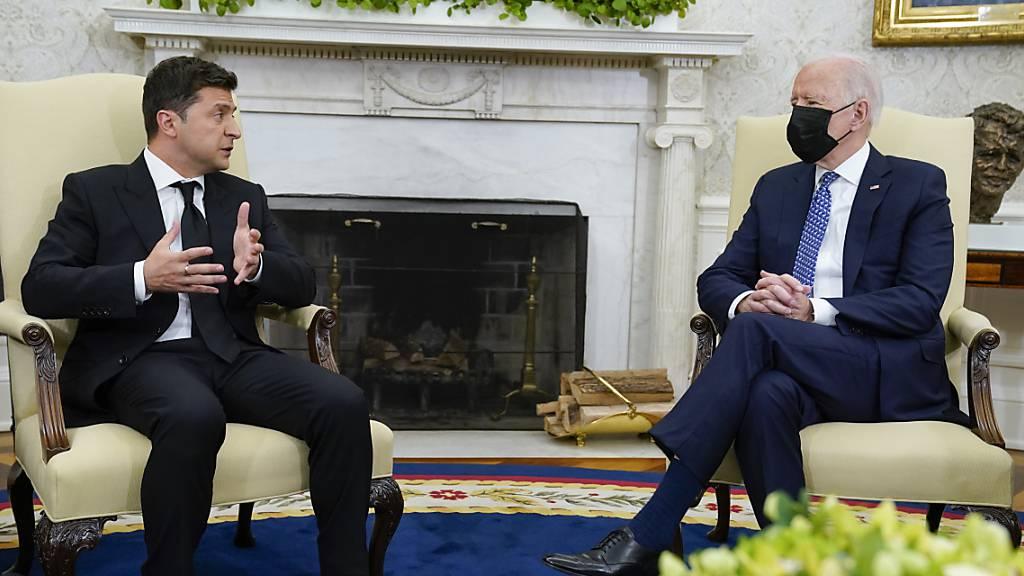 USA sagen Ukraine weitere Militärhilfe zu