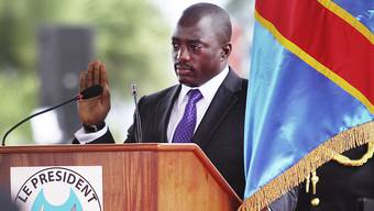 Kongos Präsident Joseph Kabila bei seiner Vereidigung im Dezember 2011. Kabila soll nun zugesichert haben, nach verzögerten Wahlen Ende 2017 zurücktreten zu wollen. (Archivbild)