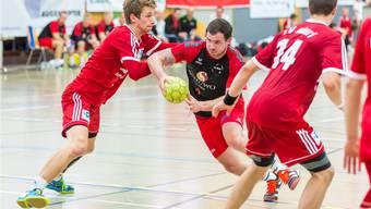 Andreas Stierli (M.) und seine Teamkollegen von Handball Wohlen empfangen im Cup-Achtelfinal die Kadetten Schaffhausen.