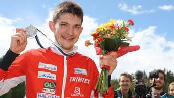Fabian Hertner gewinnt in Estland die Silbermedaille.