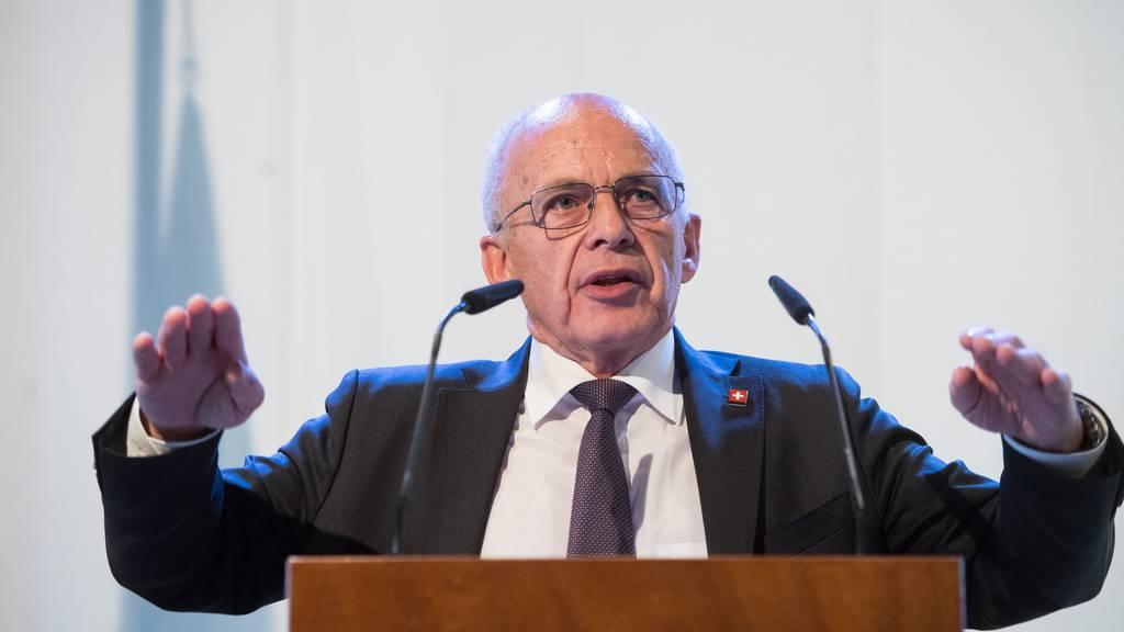 Bundesrat Ueli Maurer warnte vor den volkswirtschaftlichen Folgekosten der Coronakrise. (Symbolbild)