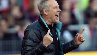 Mit dem SC Freiburg auf Kurs Richtung Wiederaufstieg in die Bundesliga: Trainer Christian Streich
