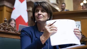 Bundesrätin Doris Leuthard begleitet im Nationalrat die Beratungen zur Fernmeldegesetzrevision - eines ihrer letzten grossen Geschäfte.