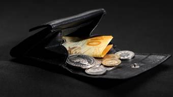 Die Kritiker befürchten, dass viele Baselbieter Sozialhilfebezüger unters Existenzminimum fallen könnten. (Symbolbild)