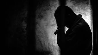 Oft fehlt den Betroffenen das nötige Geld für die Behandlung und von den Behörden will niemand einspringen.