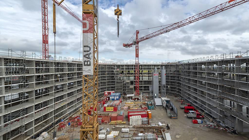 Das Bauhauptgewerbe hat im zweiten Quartal gut 5 Prozent mehr umgesetzt als im Vorjahreszeitraum. (Symbolbild)