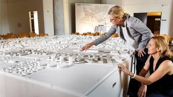 Nicht nur die Leiterin des Stadtbauamts, Andrea Lenggenhager, und Stadtplanerin Gabriela Barman beschäftigte die Zukunft von Solothurn, sondern auch breite Bevölkerungskreise.