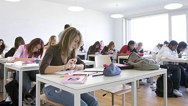Schüler in einem Gymnasium (Symbolbild)
