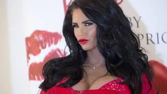 Katie Price, eine der Kundinnen der von Hackern angegriffenen Schönheitsklinik in London