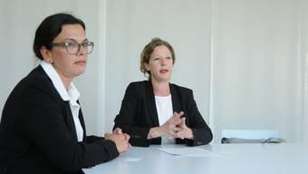 Kerstin Camenisch (links) und Kathrin Kuster fungieren als Sprecherinnen für die Gruppe «Unabhängige Bürgerinnen und Bürger im Bezirk Dietikon»