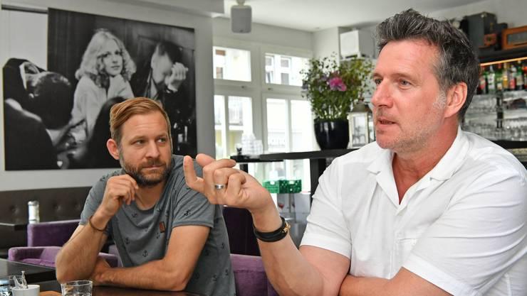 Die Fotografen Marco Grob (rechts) und Remo Buess organisieren diesen Sommer das erste «International Photo Festival Olten».
