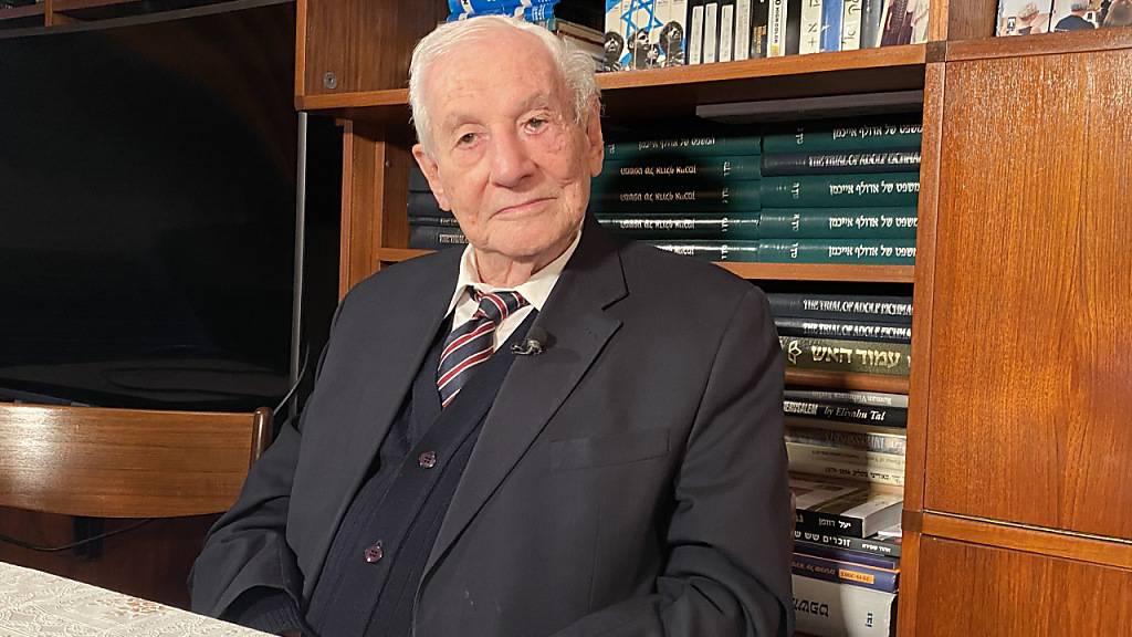 Gabriel Bach, damaliger Chefankläger der Eichmann-Prozesse, in Jerusalem. Foto: Sara Lemel/dpa