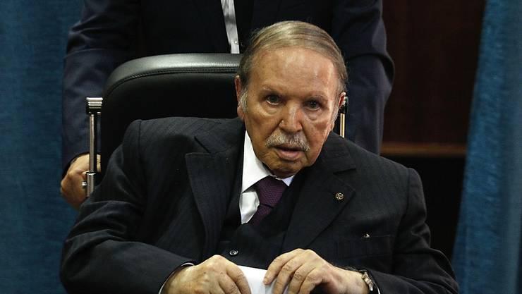 Der algerische Präsident Abdelaziz Bouteflika tritt bis 28. April zurück. (Archivbild)