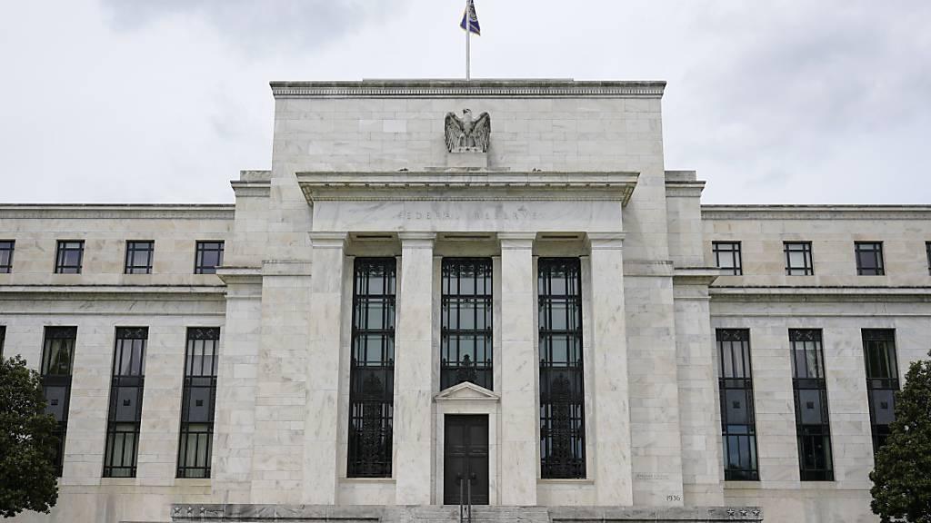 Die amerikanische Notenbank könnte demnächst von ihrer ultralockeren Geldpolitik abweichen. (Archivbild)