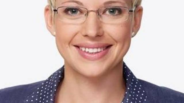 """Neues Gesicht bei """"Schweiz aktuell"""": Catherine Thommen (Bild: SF)"""