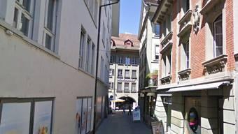 Der Eingangsbereich des «Club Bonsoir» an der Ecke Aarbergergasser/Ryffelgässchen in Bern