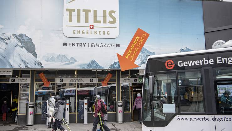 Das Skigebiet Engelberg-Titlis war am Samstag normal geöffnet. Der Bundesrat hat jedoch wegen des Corona-Virus die Schliessung aller Skigebiete verordnet.