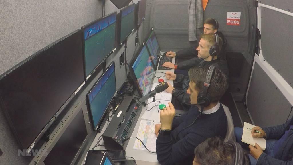 Video-Schiedsrichter üben in Thun