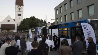 Wahlkampfbus in Unterkulm