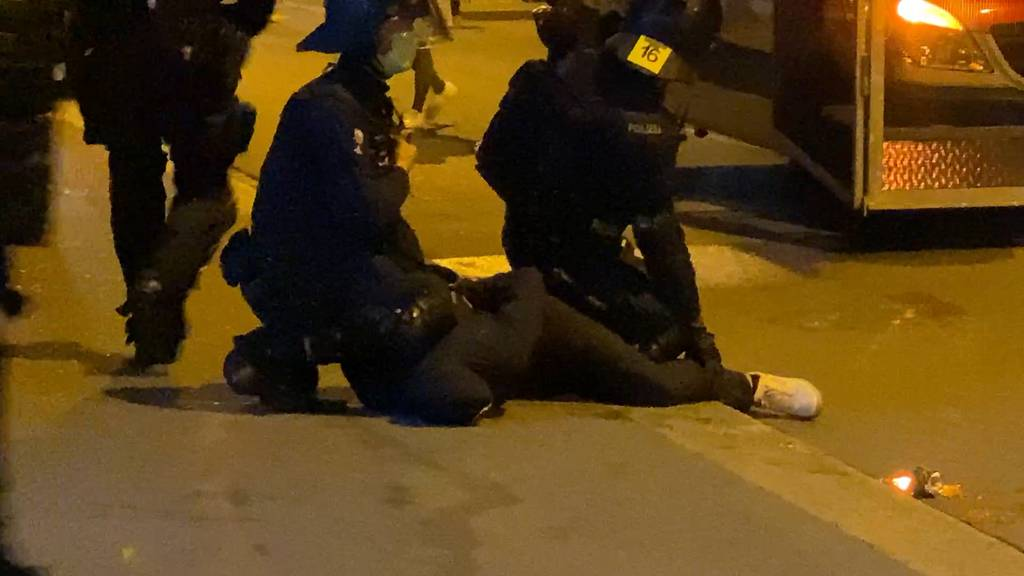 Zusammenstösse zwischen GC- und FCZ-Fans - 11 Personen festgenommen