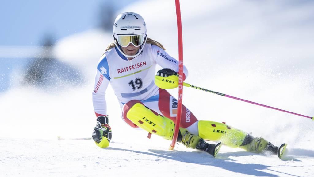 Der 21-jährige Bündner Fadri Janutin muss sich an den Junioren-Weltmeisterschaften in Bansko im Slalom nur einem Amerikaner geschlagen geben
