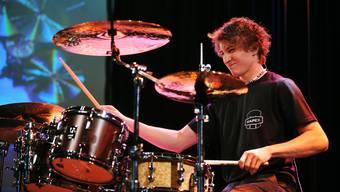 Die Gewinner des 19. Schweizerischen Drummer- und Percussionisten-Wettbewerbs in Altishofen. Kategorie I gewann der Mümliswiler Drummer Alain Ackermann.