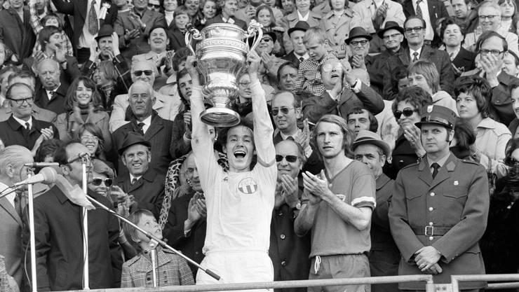 Köbi Kuhn nach dem Cupsieg mit dem FC Zürich am 23. April 1973.